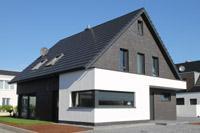 Aktuelles modernes einfamilienhaus mit satteldach 3 for Klinkerhaus modern