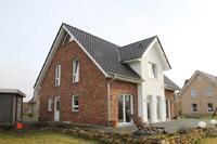 Klassische Einfamilienhäuser in NRW und Niedersachsen ...